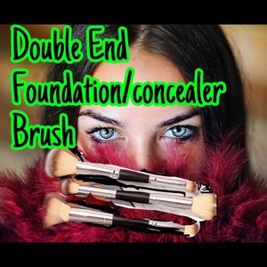 Double ended Foundation and concealer brush